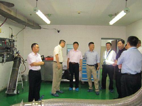 中港澳三方联合小组参观拜访东航西安维修基地