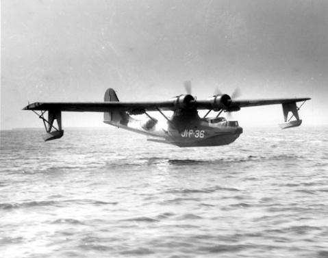 从前苏联引进了6架别-6水上反潜轰炸机,别-6型水上飞机1949年首次试飞