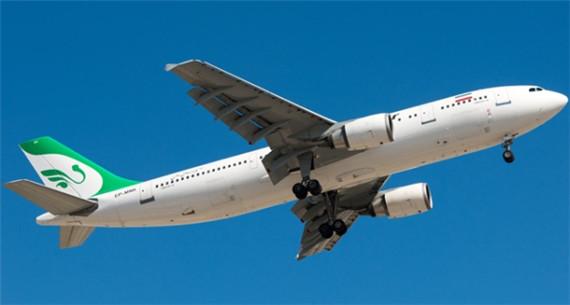 图1:空中客车A300   据Flightglobal报道,从1986年开始为天西航空服务的巴航工业EMB-120飞机即将退役,借此机会盘点一下目前仍在服役的十大老牌机型(包括客机和货机)。   空中客车A300   空中客车A300是空中客车公司最早宽体机,在上市40年后仍在广泛使用。目前全世界的航空机队中有216架空客A300,其中大多数在中亚和远东地区,还有相当一部分作为货机使用。伊朗的马汉航空就有16架该机型,其中13架是后来改良版的空客A300-600。联邦快递、美国联合包裹航空和DHL子公司