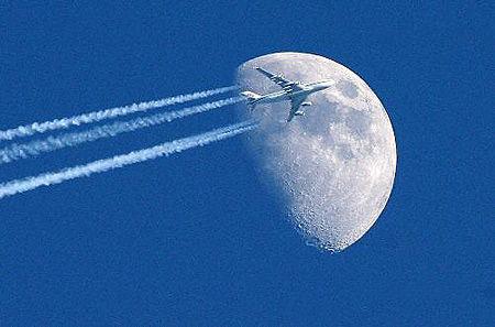 民航飞机能飞多高?