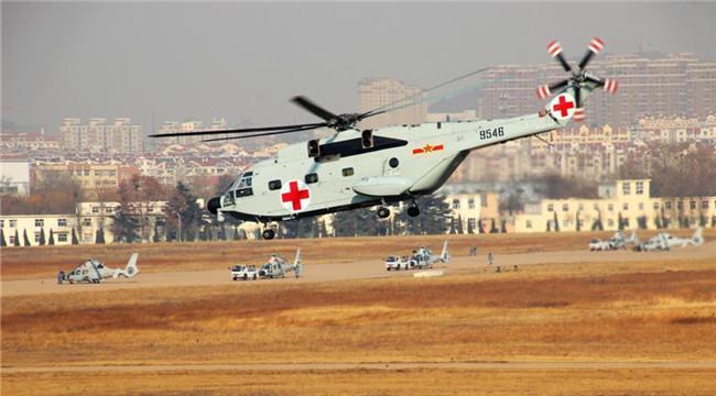 近观我军直9舰载直升机涵道尾桨细节