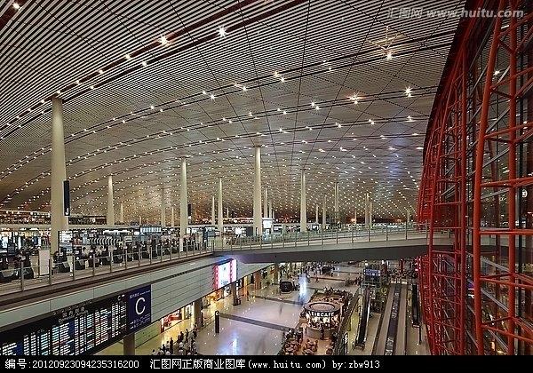 岂止于新航站楼 网友吐槽深圳机场