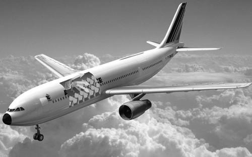 了解飞机紧急出口位置