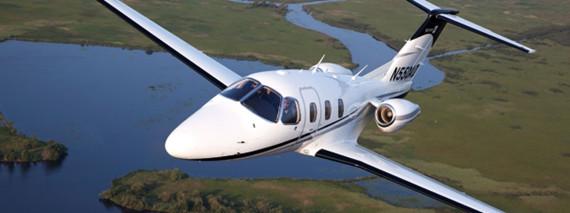 美飞机制造公司合并 全复合材料k350将交付