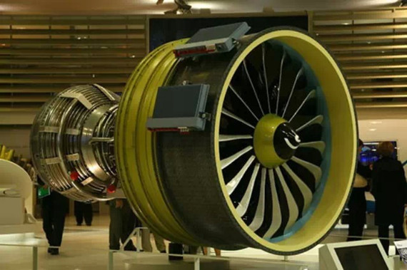资讯频道 产业 中航工业 > 正文     国际飞机发动机制造巨擘,中国商