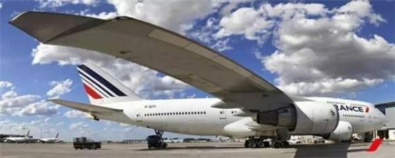 在飞机返回戴高乐机场后,机上旅客将被邀请参观法航飞机维修间,并在该