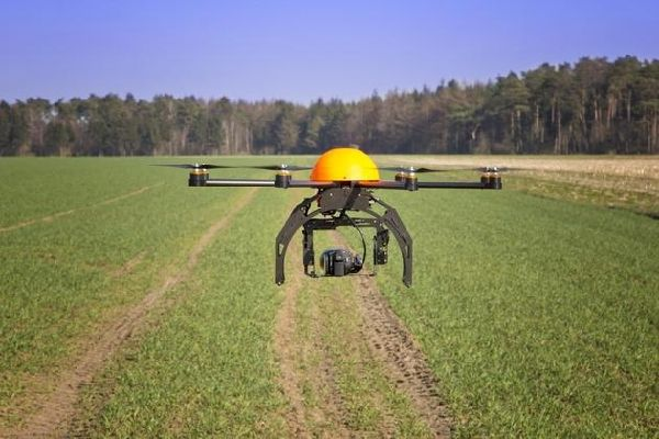 FAA4月1日将推无人机飞行新规 针对农业领域