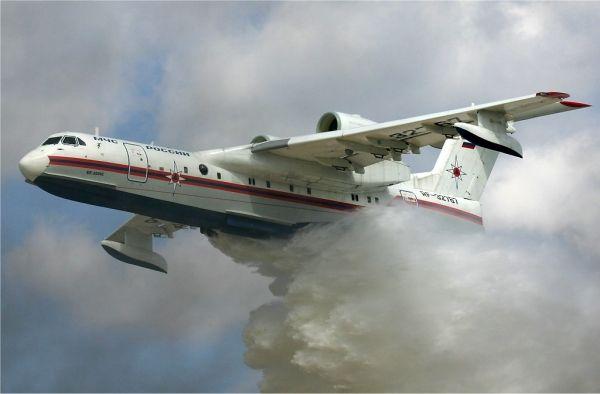 全球森林大火频发 灭火飞机需加大规模投入