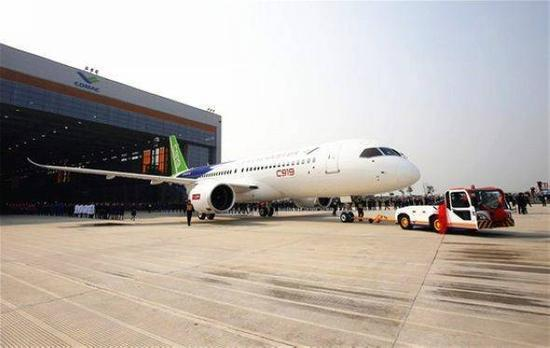 中国国产大飞机确定年底首飞,改造成反潜机将提高对南海控制能力