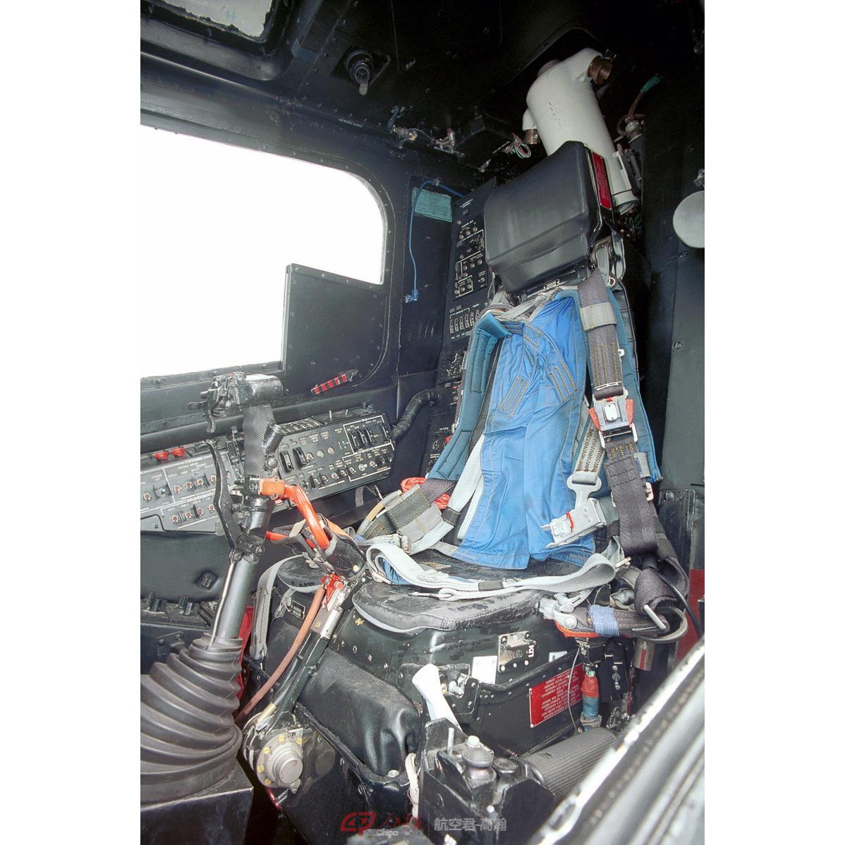 KA-50的弹射座椅