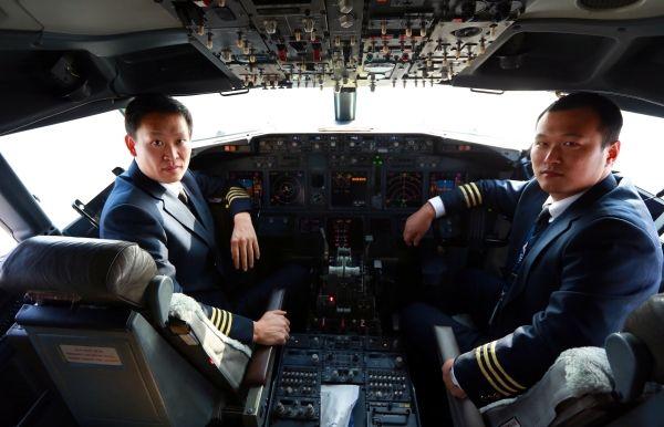 揭秘:南航新疆机组在乌二类盲降全记录
