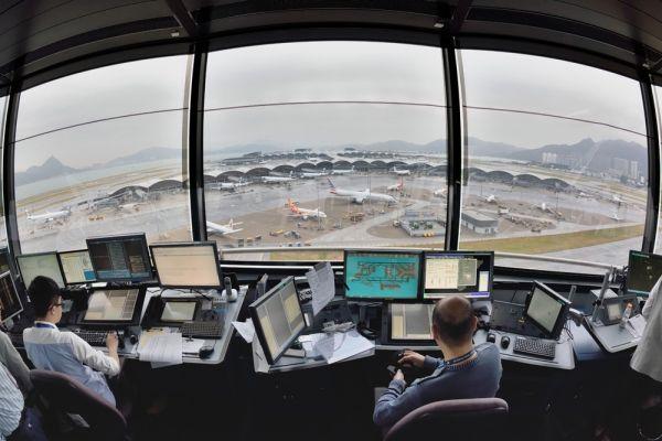 航班失踪75秒 香港又发生航班资料消失事件