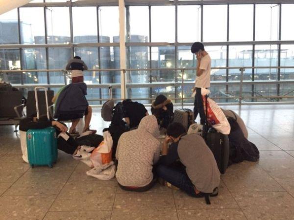 30名香港留学生滞留希思罗2天 英航冷待遭炮轰